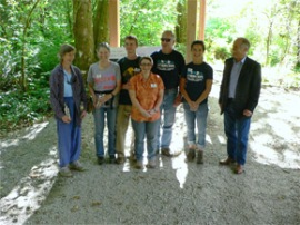 Volunteers and Commissioner of Public Lands Peter Goldmark, McLane Creek 9-23-11