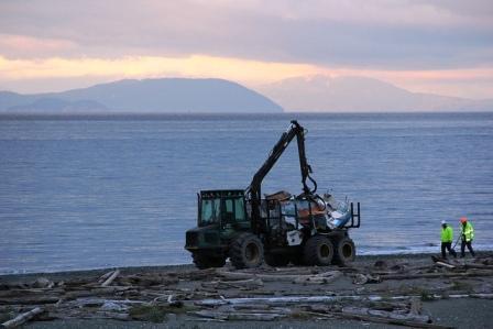 Derelict vessel removal