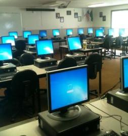 Computer lab at Sultan High School