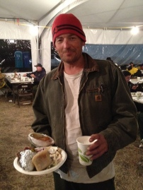 Fire fighter grabs a meal at the Table Mountain Fire Base camp near Cle Elum, WA. Photo: Diana Lofflin, DNR.