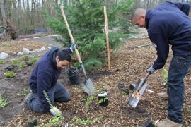 Washington Conservation Corps creates an outdoor classroom at the Water Resources Education Center in Vancouver