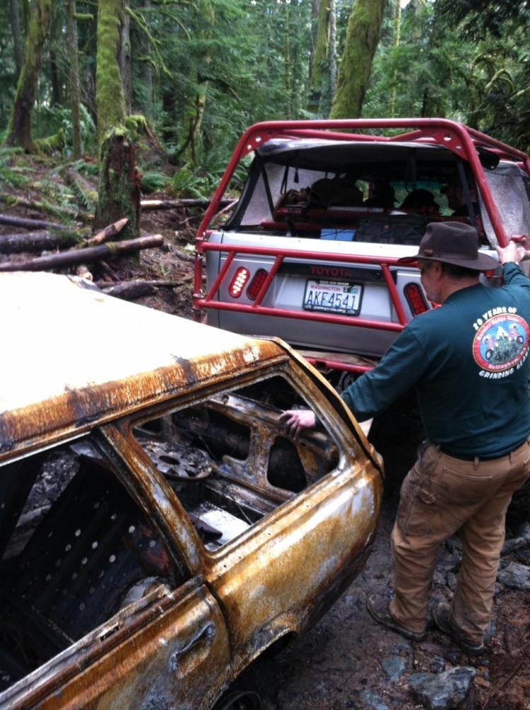 Jim helps remove a burnt subaru at walker valley orv