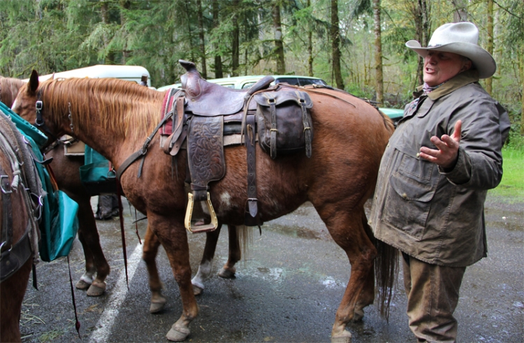 Ron Downing at the 8th Annual Great Gravel Pack-In. Photo: Diana Lofflin, DNR.