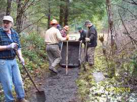 Volunteers working on the Tarbell Trail. Photo by : Joshua Riepe