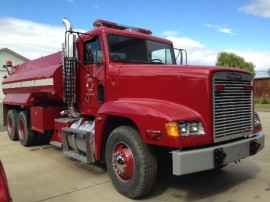 Kittitas Valley Fire & Rescue converted a freightliner into a tender for wildland fire use. Photo DNR