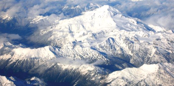 ger_popular_north_cascades_glacier_peak_aerial.png